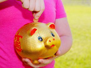 teaching girls about money