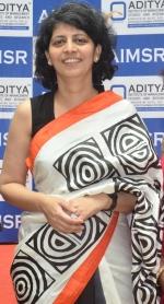 Dr Swati Lodha