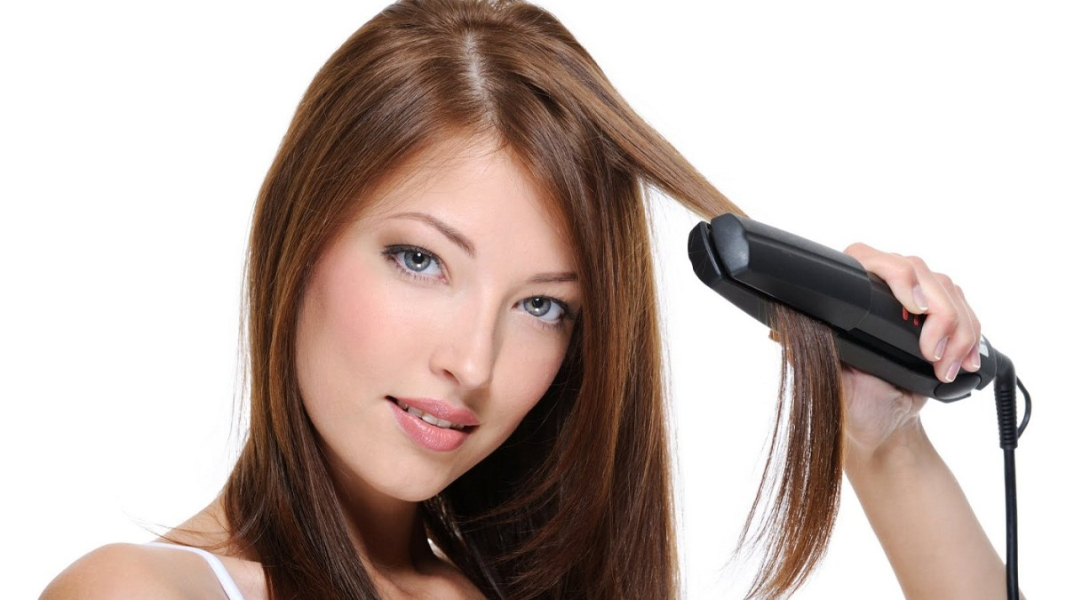 Hair straightening iron – A must essential for every woman