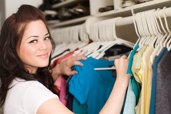 Clean Your Closet In 30 Minutes