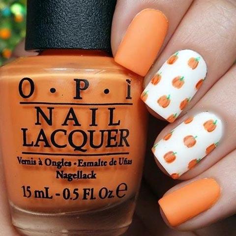 Cute Pumpkin Nail Art For Thanksgiving