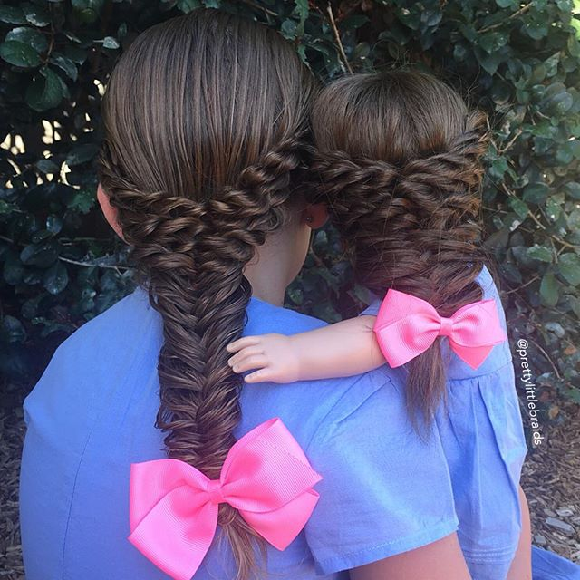 Mom Creates Beautiful Braids Hairstyle On Her Daughter And