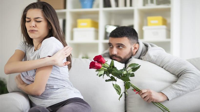 Resultado de imagen para guy smothering a girl