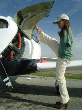 Jessica Cox - piloting 01