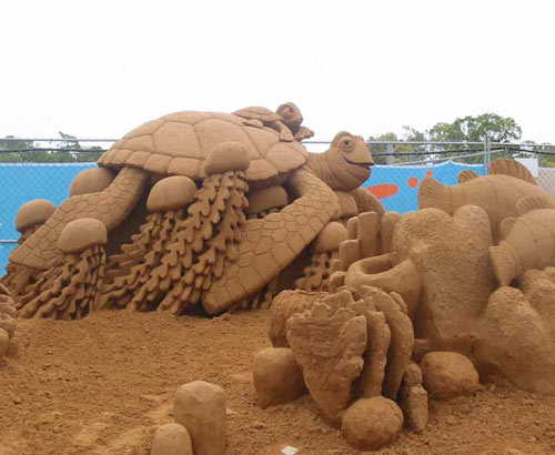 sand sculpture - turtle