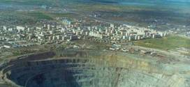 Udachnaya pipe Russia – The world biggest hole