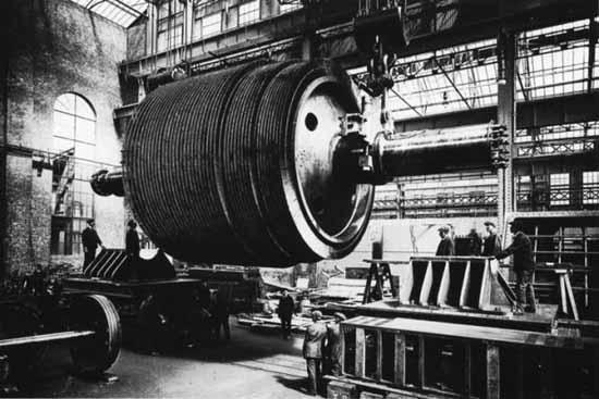 titanic machinery