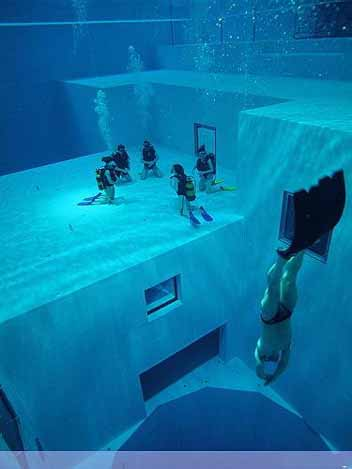 Nemo 33 - Deepest Swimming Pool of the world - 08