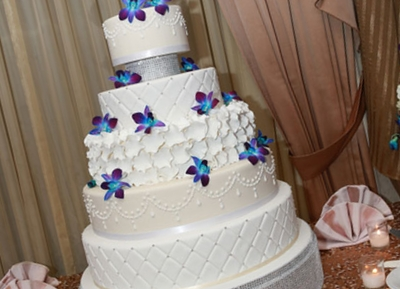 Wonderful Wedding Cakes   Customized Cakes for Every Occasion Wedding Cakes