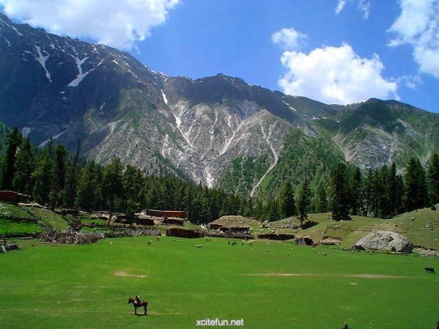 shandur Pas best places to visit in Pakistan