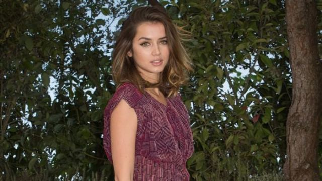 Ana de Armas Hottest Actresses in Hollywood