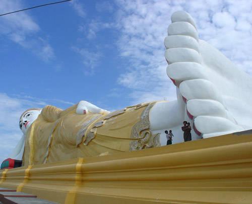 Monywa Buddha