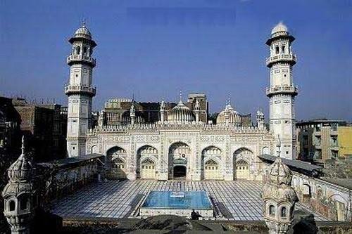Masjid Mohabbat Khan