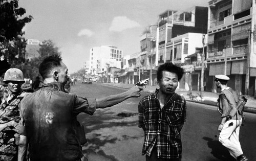Murder of Vietcong Most Iconic Images of Photography