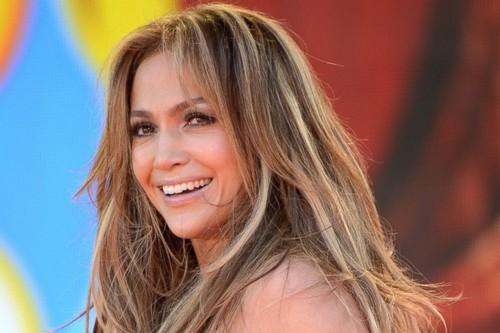 Hot Singer Jennifer Lopez