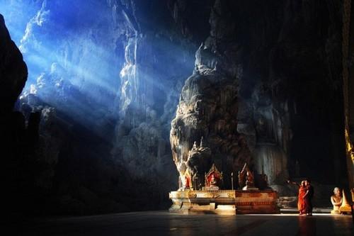 Kyat Sae Asian Caves
