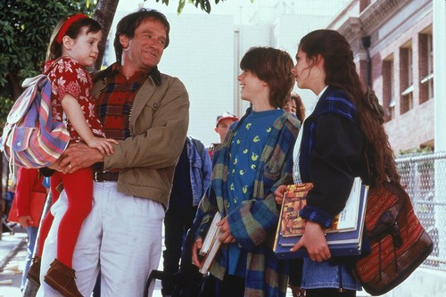 10 Robin Williams Movies that Made Our Childhood Special
