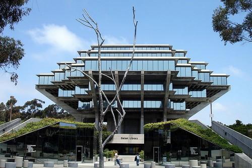 art Libraries buildings San Diego