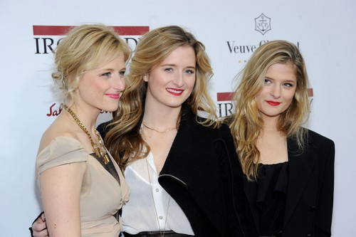 The Gummer sisters, Mamie, Grace and Louisa