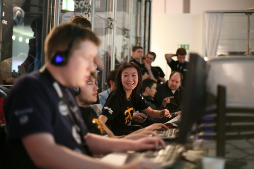 Highest Paid Female Gamers