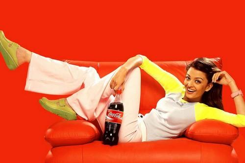 Aishwarya Rai Coca Cola Ad Wallpaper