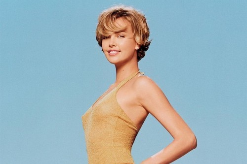 Charlize Theron Beautiful Actresses who were Models