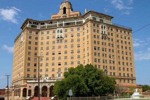 Hotel Baker (USA)