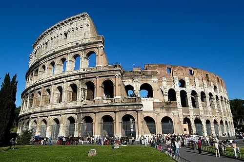 Gorgeous Roman Theatres Colosseum