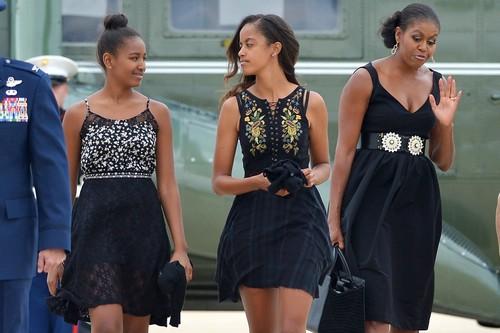 Malia Obama with friends