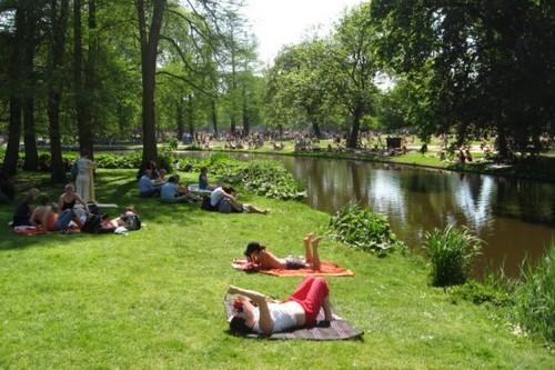 Fresh Vondelpark in Amsterdam