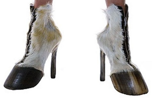 Hoof Footwear