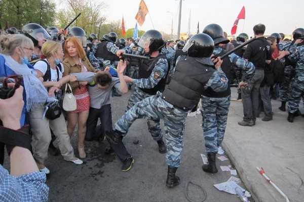 Russia police brutality