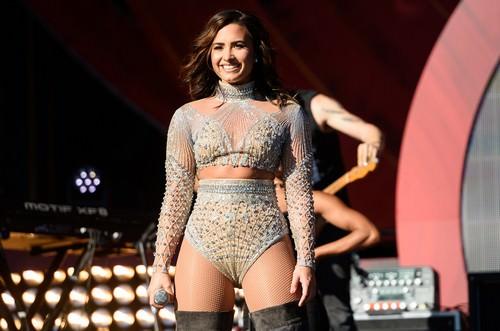 Demi Lovato embarrassing celebrity moments
