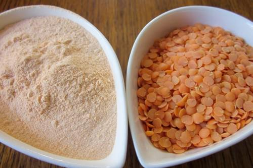 Red lentil flour