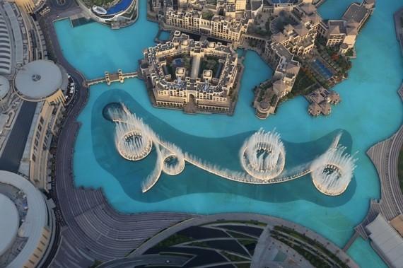 The Burj Khalifa Fountain (Dubai, UAE)