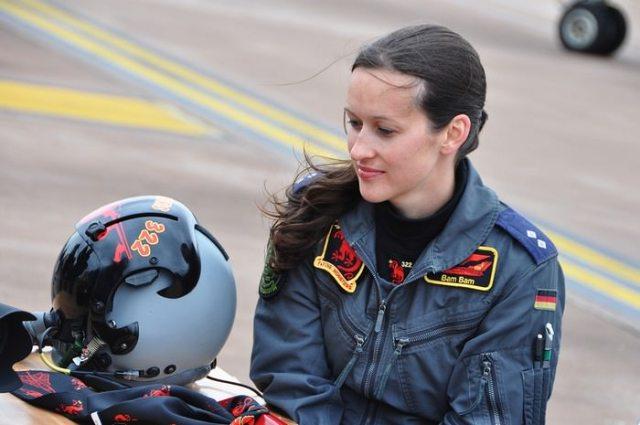 Nicola Baumann Female Fighter Pilots