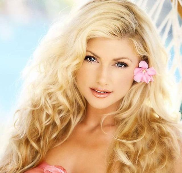 brande roderick Hottest NFL Wives and Girlfriends