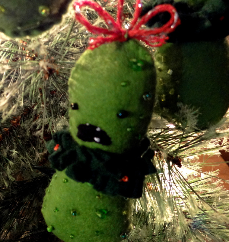 Hiding A Pickle In A Christmas Tree.Hide The Pickle A Free Felt Ornament Pattern