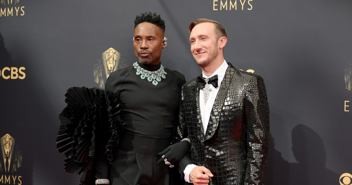 The sweetest celebrity PDA from the 2021 Emmys.jpg