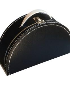 Kinderkoffertje half rond zwart, bestickerd