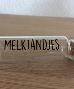 Glazen buisje voor melktandjes -liefsvanlauren.nl