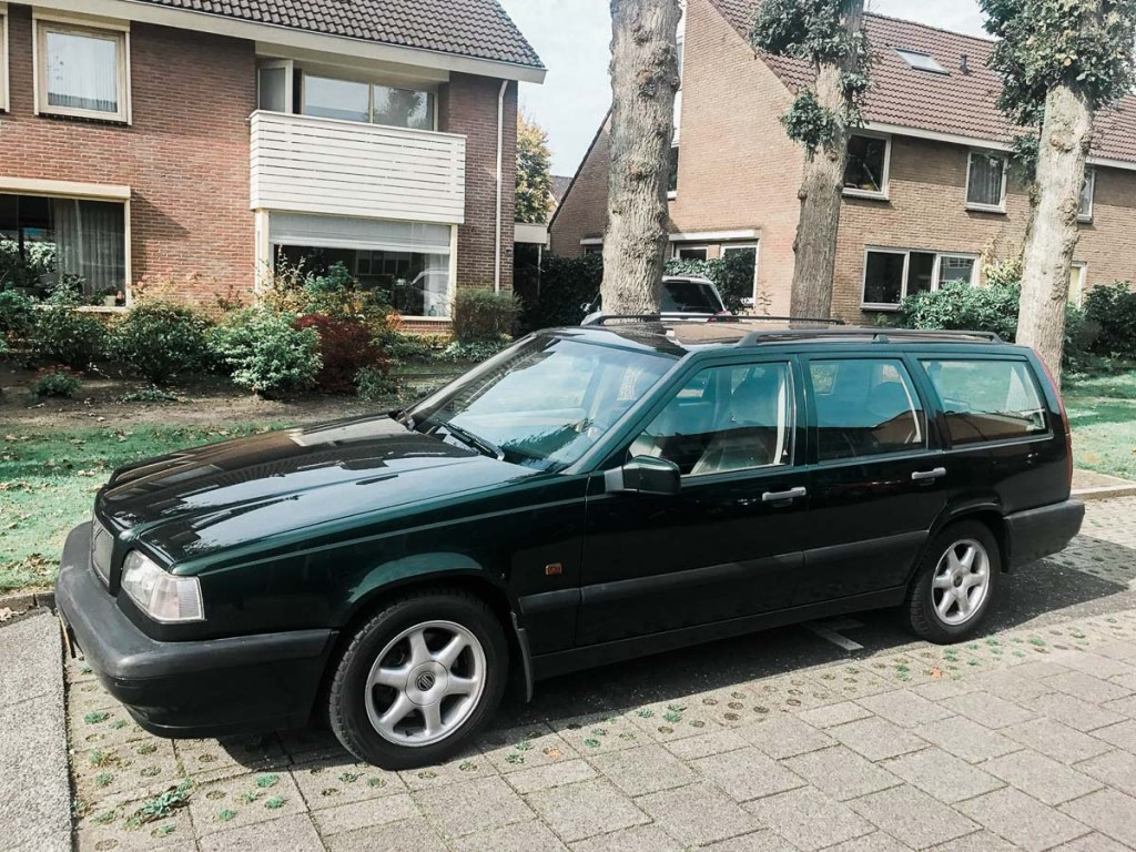 Volvo 950 Donkergroen Youngtimer