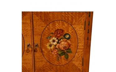 37292SD Satinwood Decorated Bedsid Table - Painting