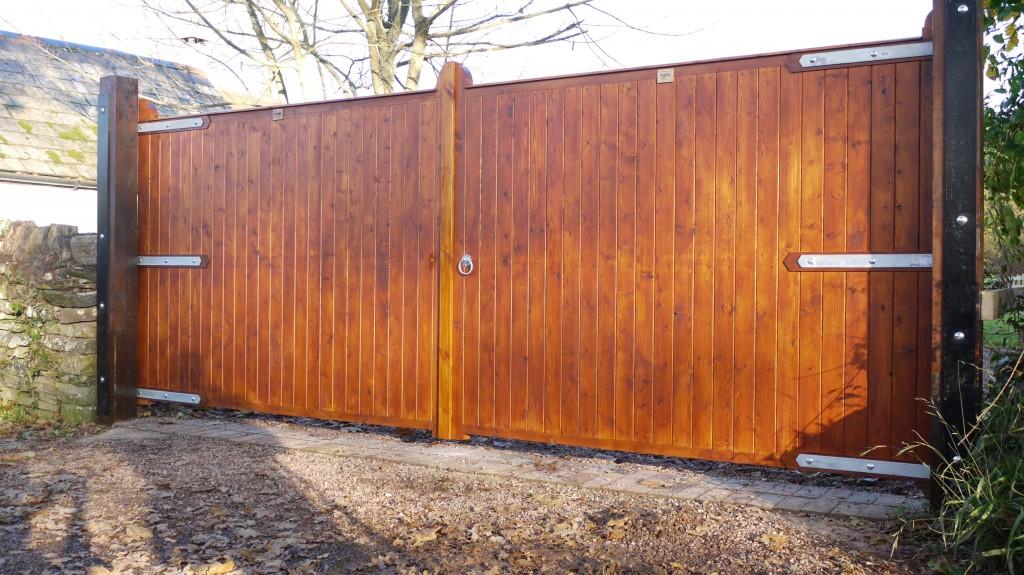 Redwood Closed Board Gates The Wooden Workshop Oakford