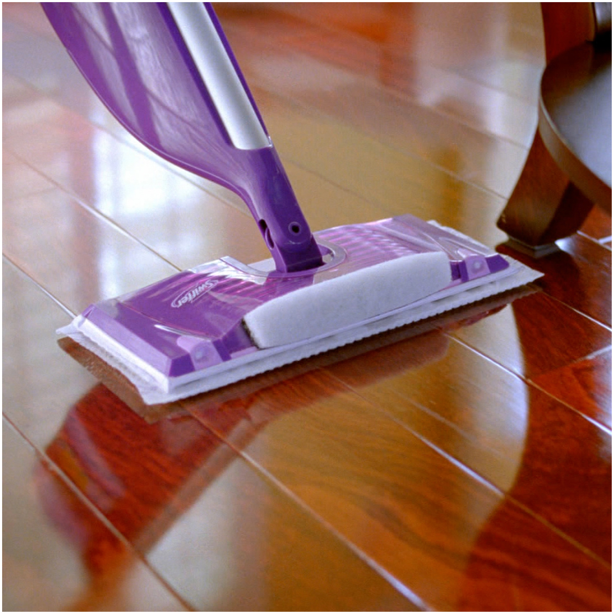 Swiffer wetjet wood floor cleaner - A Lot Of You Have Been Asking If It S Safe To Use Your Swiffer Wetjet On Your Wood Floors So I Thought It Was About Time To Write An Article On This