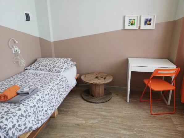 letto e scrivania woodhouse hotel