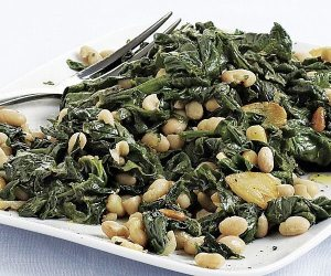 spinach beans and pine nuts