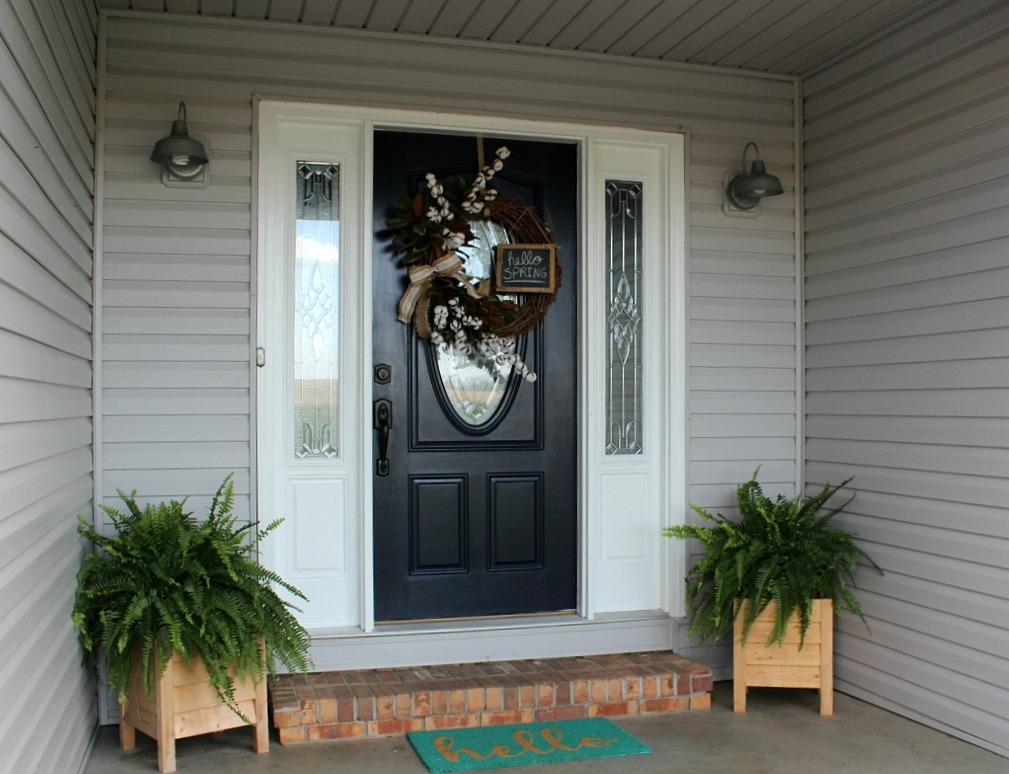 Spring Front Door Refresh Worthy of All the Heart Eyes