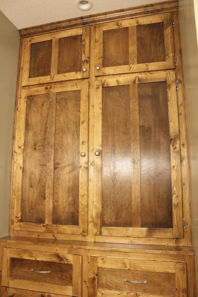 Door knobs on built ins