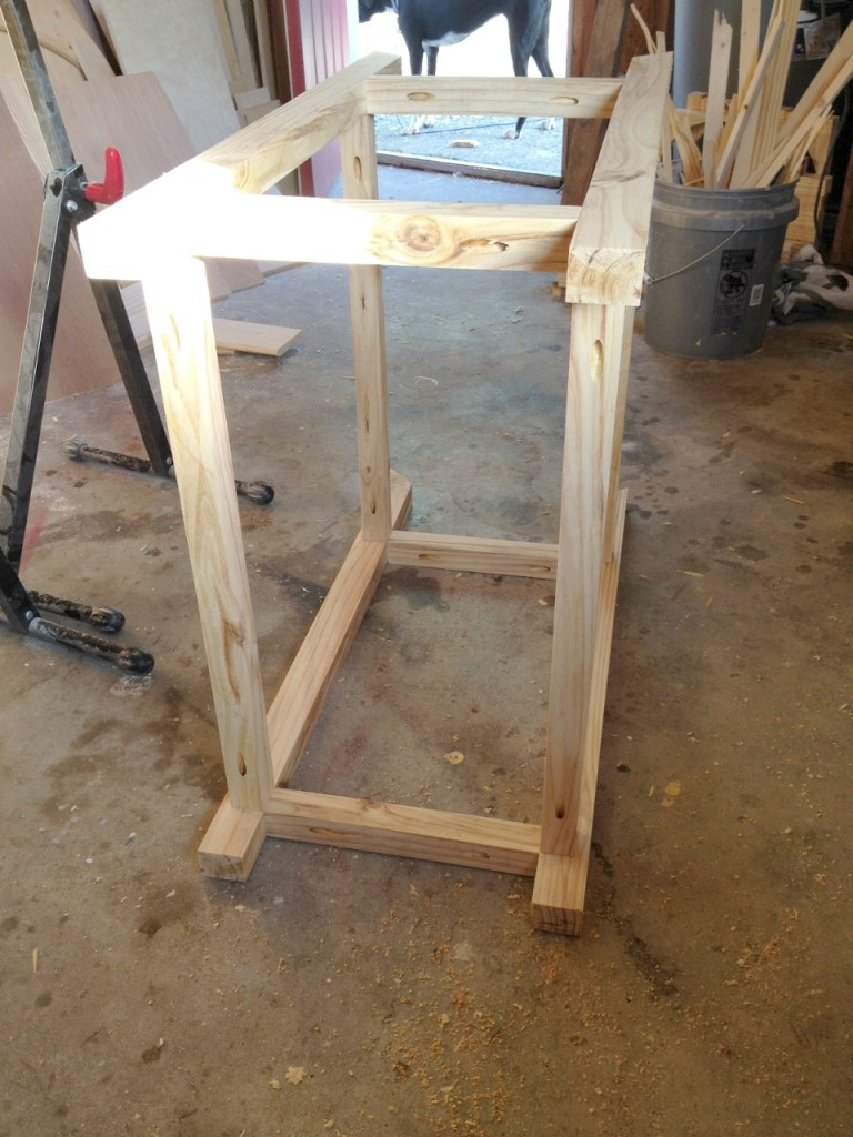 DIY Bar Cart from a Single Board--2x4 and More Challenge